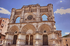 Catedral de Cuenca (marathoniano) Tags: city espaa art church architecture town spain arquitectura village arte cathedral catedral espagne cuenca gotico peopleschoice castillalamancha ghotic golddragon marathoniano aplusphoto