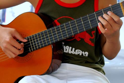 Handy Guitar
