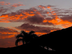 a new day dawning (Watari Goro ) Tags: morning sunrise canon dawn hawaii oahu adobe honolulu hawaiikai lightroom kokohead sx100 superbmasterpiece