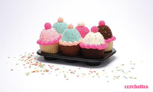 Amigurumi cupcakes by Crochettes