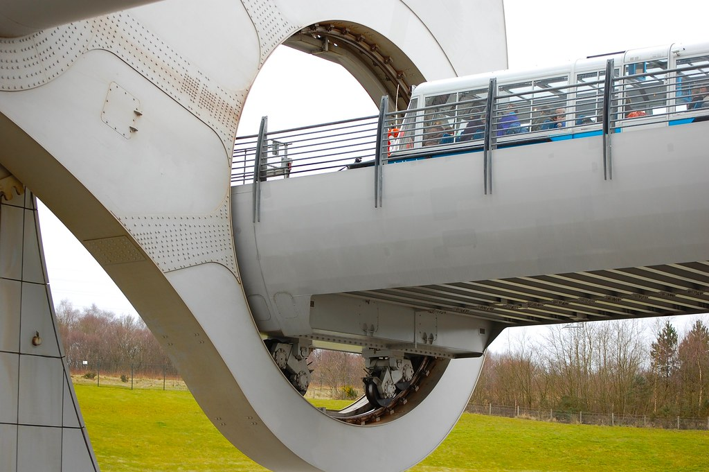 Falkirk wheel - one section being lifted