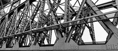 vakmanschap in Rotterdam (Luciën Reyns) Tags: rotterdam dehef koningshavenbrug pieterjoosting pentax k1 hdpentaxdfa1530mm nederland netherlands