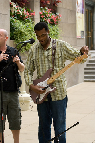 ajkane_090821_chicago-street-musicians_016
