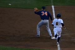 Allan Dykstra Making Catch To Get Ray Kruml Out At First (slgckgc) Tags: thunder dykstra trentonthunder binghamtonmets bmets kruml allandykstra raykruml