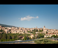 Entrance of the ancient town of Spello,Italy (*Marta) Tags: gettyimagesitalyq1 gettyimagesgreece1 gettygreecefamily gettyimagesitalyq2