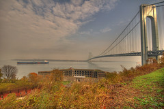 Battery Weed in the shadows of the Verrazano Bridge (_Robert C_) Tags: nyc d50 fort sigma statenisland 1020 verrazanobridge hdr newyorkbay thenarrows photomatix fortwadsworth tonemapping batteryweed robertcatalano