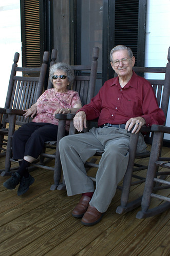 Parents, Front Porch, Woodfield Inn