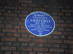 Photo of Robert Travers Herford blue plaque