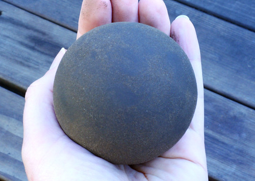 Unfinished dorodango in my hand