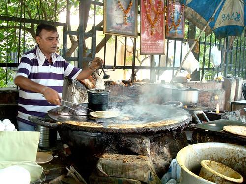 The paranthewaala at Moolchand, Delhi
