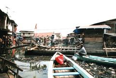 Jakarta Indonesia (Ahron de Leeuw) Tags: city urban indonesia java travels asia harbour jakarta environment indonesie slum megacity urbanisation ahrondeleeuw