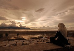 Relax (Roslan Tangah (aka Rasso)) Tags: sunset people beach yoga d50 relax photography peace candid hijab nikond50 malaysia penang kopftuch 2007 welltaken pulaupinang tsunamiplace selatmelaka