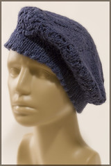 Hemp Beret, lace pattern on the brim
