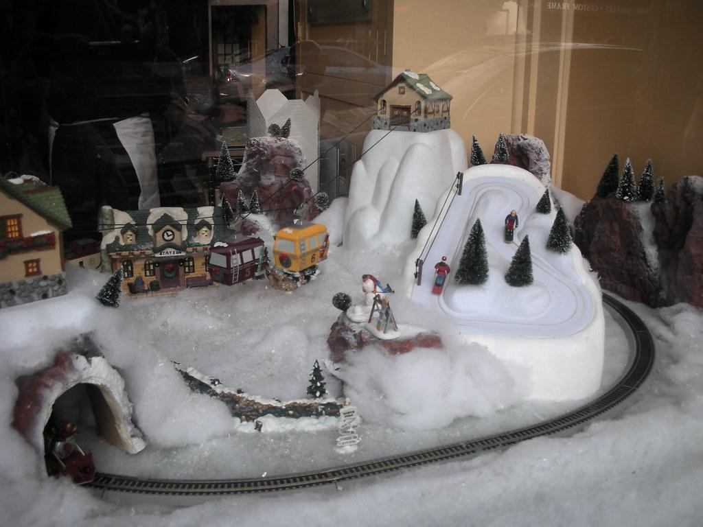 #96: Christmas Decorations