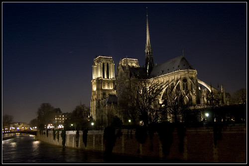 Notre Dame de Paris shimmers on a December night.