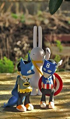 Stabby Lapin takes on the guys... (jimmy foo) Tags: upperplayground samflores mrclement vinyltoys customvinyltoy petitlapin custombillybronze