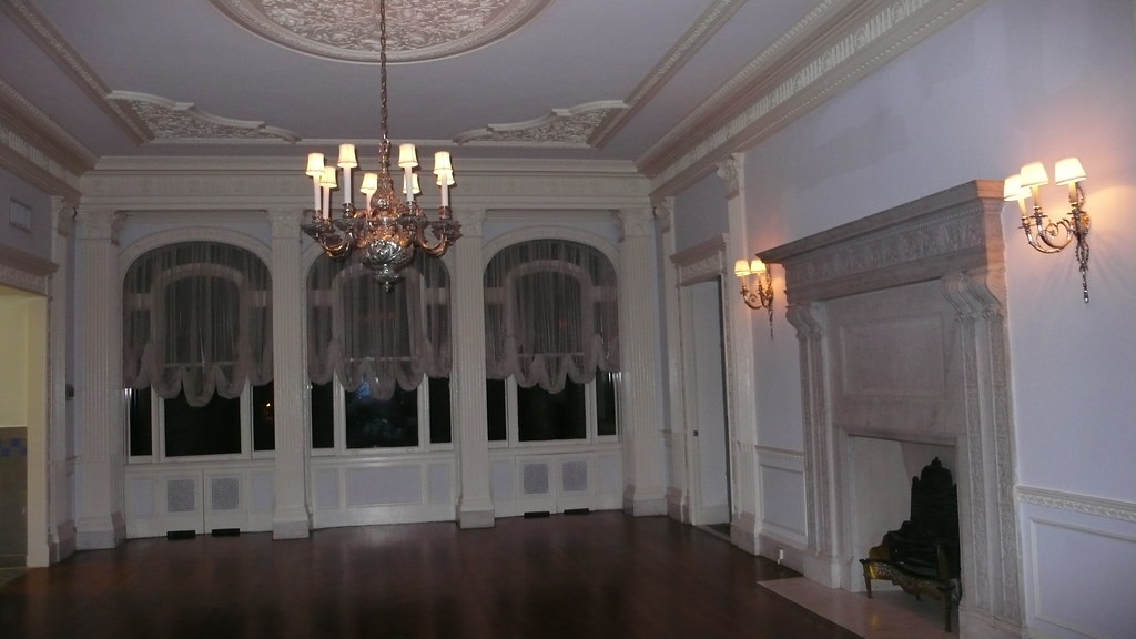 Callanwolde Milonga :: Adjacent ballroom
