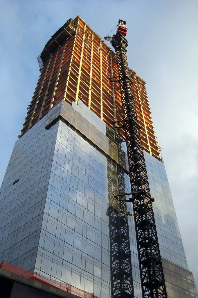 NYC - SoHo: Trump SoHo Hotel Condominium (in construction)