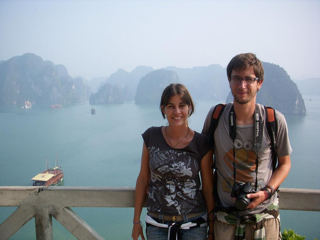 Ha long, Vietnam, blog la vuelta al mundo de ana y dani, entrevista la vuelta al mundo de ana y dani, vuelta al mundo, round the world, información viajes, consejos, fotos, guía, diario, excursiones