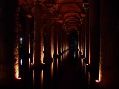 [フリー画像] [人工風景] [建造物/建築物] [城/宮殿] [地下宮殿] [世界遺産/ユネスコ] [トルコ風景] [イスタンブール]    [フリー素材]