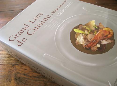 Grand Livre de Cuisine Mediterranee