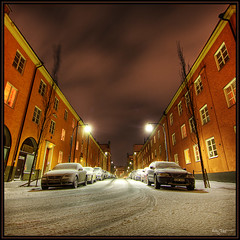 Cars (Kaj Bjurman) Tags: street trees winter snow cars night dark sweden stockholm sverige lamps 2008 hdr kaj vasastan bjurman