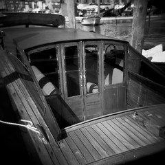 Old Water Taxi (MartiniMan) Tags: venice italy 120 film boats boat canal holga europa europe barca italia toycamera barche bateaux gondola bateau venezia italie oldcity grandcanal gondolas canale italians fujipro160s martiniman