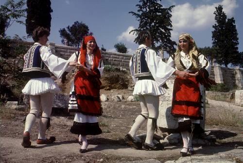 Danzas folklóricas t�picas griegas