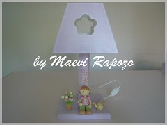 Abajur lils (Maevi Rapozo) Tags: biscuit beb abajur mdf lils bonequinha