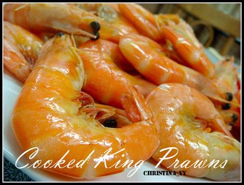 Gathering Dinner: Cooked King Prawns