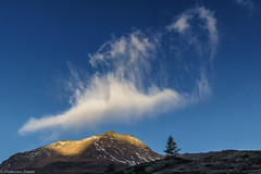 Un drago nel cielo (cesco.pb) Tags: simplonpass simplon passodelsempione switzerland svizzera canon canoneos60d tamronsp1750mmf28xrdiiivcld alps alpi alba montagna mountains