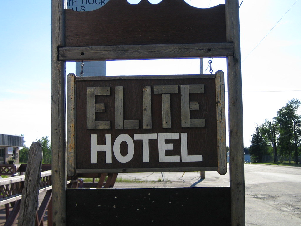 Elite Hotel, Smooth Rock Falls, Ontario