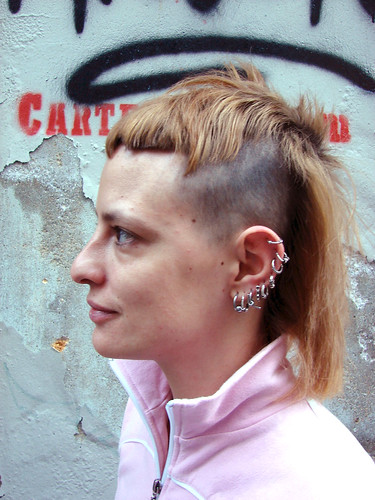 Celebrity punk hairstyle of celebrity fashion 2010
