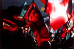 sc_008_13m (lEtnEo) Tags: roma colors nikon gimp che colori guevara bandiera manifestazione mokambo rossa nikonf801s letneo carlomodica letneofav2008 parolesparse perletneo