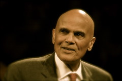 Harry Belafonte Says Mitt Romney Presidency Would Mean 'End of Civilization'