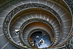 Vatican - museum stairs (Maciunio) Tags: travel vatican architecture stairs spiral museums museivaticani 25faves 2pair superaplus platinumheartaward maciunio