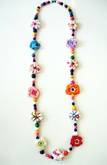 Jolie du printemps (Lolo & Ol! (Inma)) Tags: wood flores beads handmade ooak crochet craft collar artesania lolool