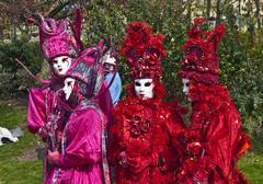Carnaval Venise - Paris-52 (Willy_G91) Tags: italien carnival venice paris festival port de costume nikon italia mask cosplay event hut carnaval frau baroque venise venezia avril bastille venedig italie larva masque 2010 commedia maske venitien arlequin kostüm tricorne dellarte d80 larsenal tabarro bauta