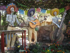 "A ""calacas"" band. (09/30/07)"
