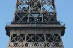 Eiffel Tower mid level