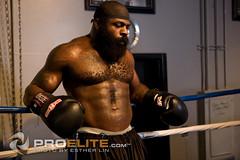 Kimbo Slice training for Nov.10th fight with EliteXC