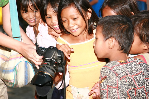 Philippinen  菲律宾  菲律賓  필리핀(공화국) Pinoy Filipino Pilipino Buhay  people pictures photos life Philippines,Vigan, Ilocos Sur, rural, children, camera smiling