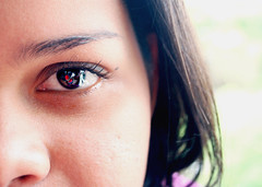Pimpanpoentje (Pankcho) Tags: portrait woman reflection eye girl face look closeup ojo mirror mujer chica retrato venezuela cara andre caracas explore espejo reflejo mirada pinpanpunchi andreinatje pimpanpoentje