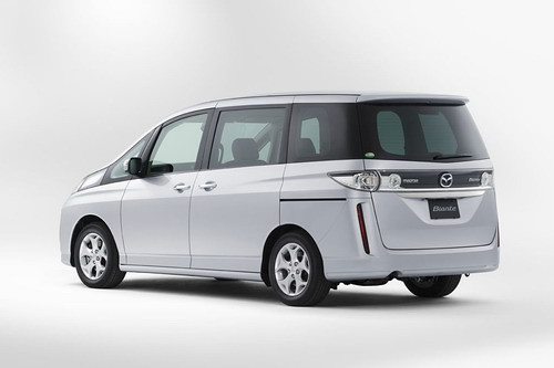 Mazda Biante Mini Van Photo