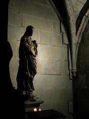 Carcassonne: Jesus statue in alcove