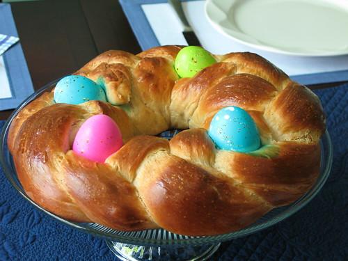 Braided Easter Egg Bread (Recipe) (Cook-Italian.com!)