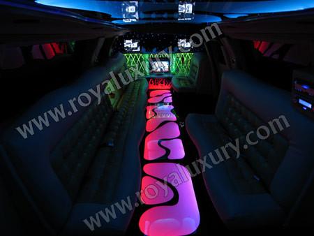 Audi Q7 Limousine. Audi Q7 limousine Interior