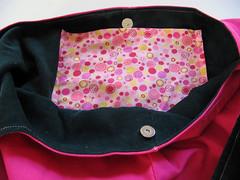 Shoulder bag lining and pocket