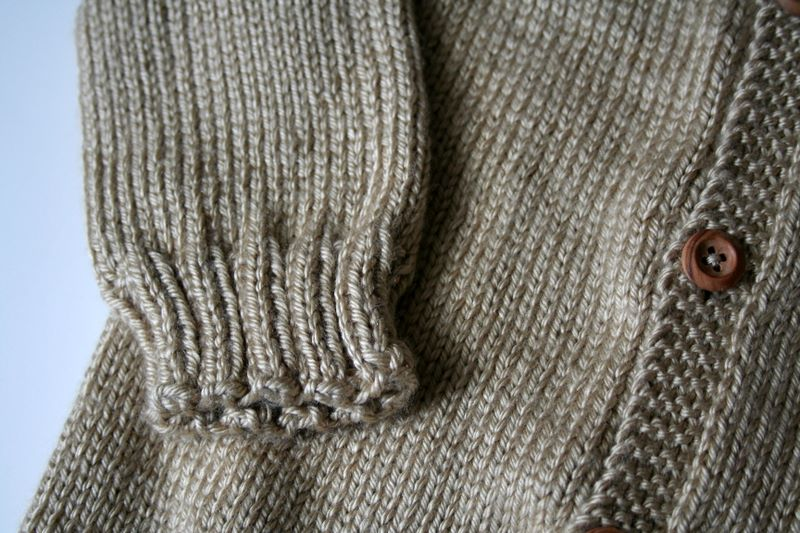 FO – Top-Down Seamless Raglan Baby Sweater! – Vickilicious Knits