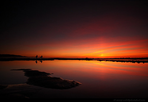 seascape beach tidalpool tidepool twilight sunset surfers cloud reflection silhouette santabarbara california photofool